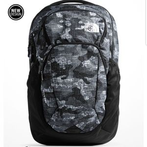 NWT The North Face Pivoter Backpack